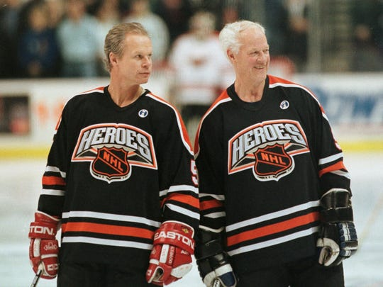 Mark Howe and Gordie Howe in 1999.