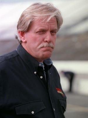 Championship NASCAR owner Robert Yates has died at 74.
