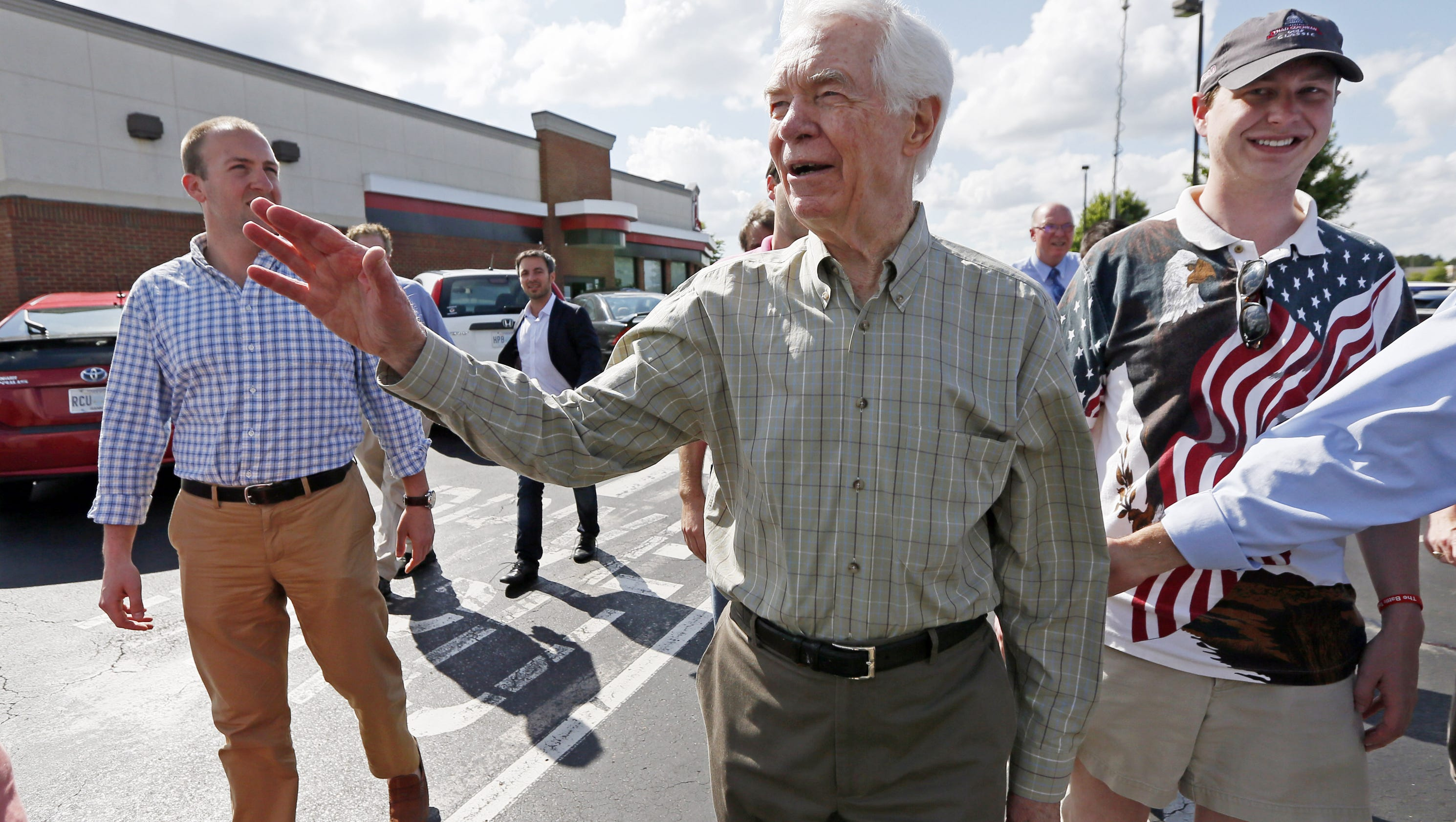 Cochran cited his ongoing health reasons for decision to leave office early.