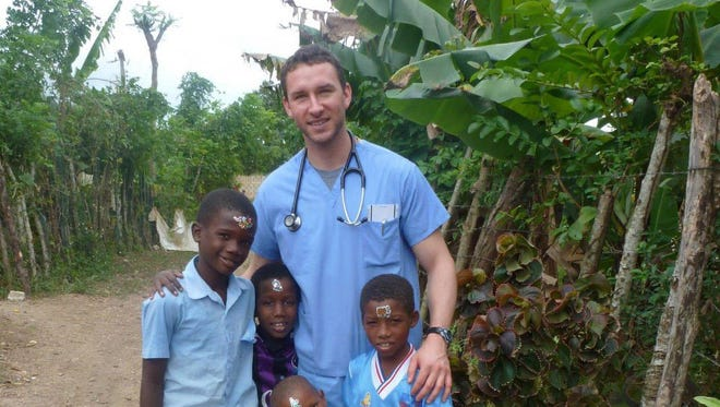 Brandon Hammond served on a medical mission to the Dominican Republic as part of a global health trip with University of Arizona College of Medicine in Phoenix.