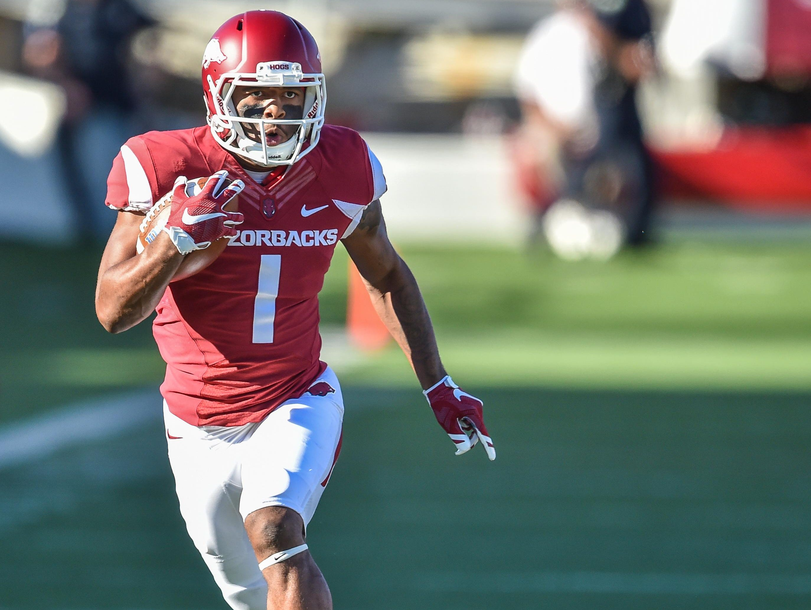 Jared Cornelius will see an increased role for Arkansas as he moves into the starting lineup following the injury to leading receiver Keon Hatcher.