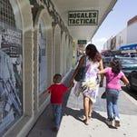 ¿Qué documentación deben llevar los menores que viajan solos o acompañados de un tercero a México?