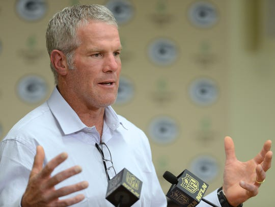 Brett Favre speaks before his Green Bay Packers Hall