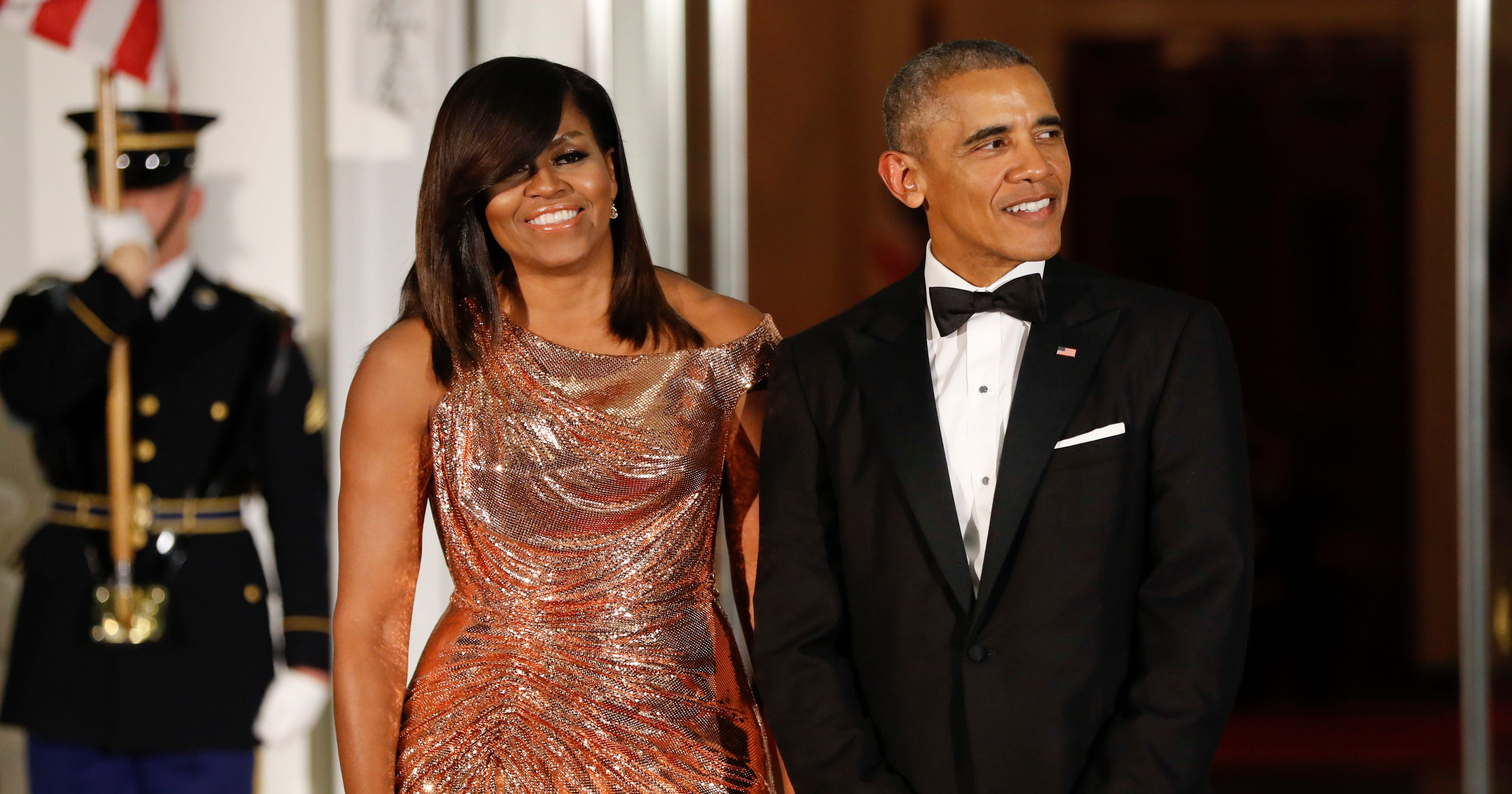 Here\'s what Obamas said in final Christmas message