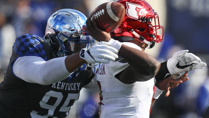 Kentucky football counting on defensive line depth with Josh Paschal sidelined