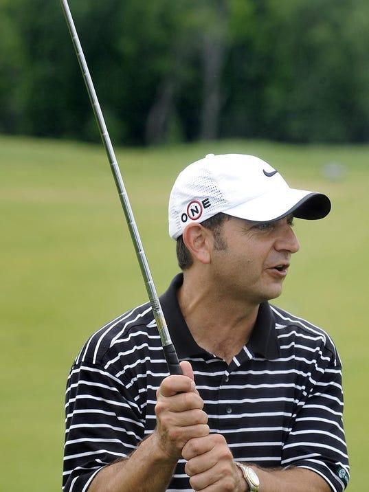-golf19.jpg_20110420.jpg