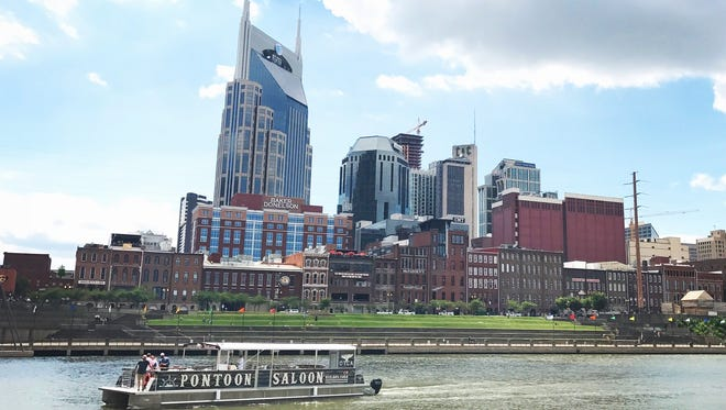 Pontoon Saloon hosts a riverboat cruise that could be a great Independence Day option.