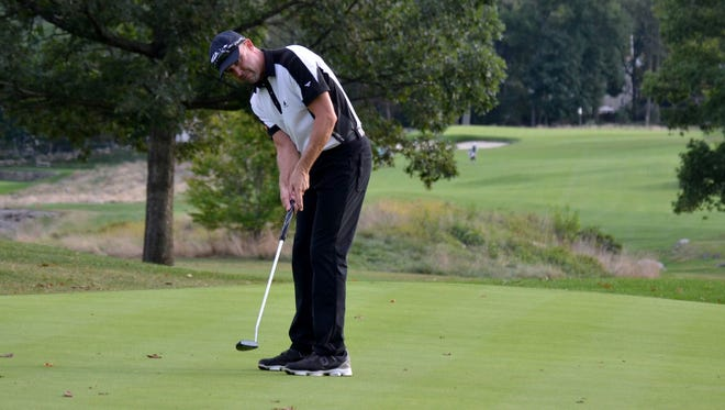 GlenArbor director of golf Rob Labritz watches an eagle putt on the 18th green at Siwanoy C.C. during the first round of the Met PGA Championship. He came up just short, tapped in for birdie and signed for an opening-round 68.