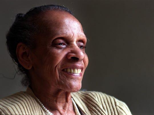 Des Moines civil rights leader Edna Griffin died in