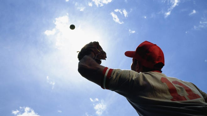 Baseball player ready to catch ball