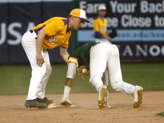 Evan Peeke of St. Rose puts a late tag on Red Bank