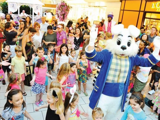 """A free holiday event Friday, March 31 at The Gardens Mall in Palm Beach Gardens will provide kids of all ages a chance to mix, mingle and mug for the camera as they get their pictures taken with the Easter Bunny. Kids will receive Easter baskets to fill up with candy, while adults will enjoy the ultimate """"hoppy hour"""" with Easter-themed cocktails."""