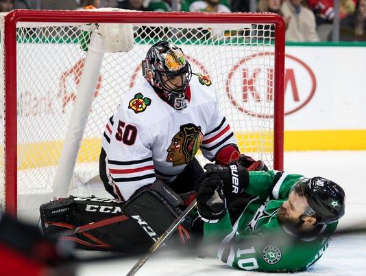 USP NHL: CHICAGO BLACKHAWKS AT DALLAS STARS S HKN DAL CHI USA TX