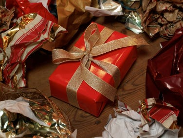 Tech gifts can be difficult. Here are some guidelines on what to avoid.