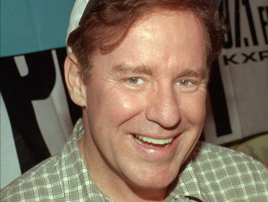 Comedian Phil Hartman smiles in this May 4, 1998 photo.