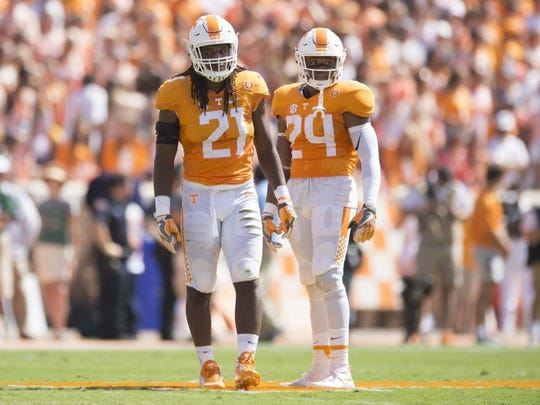 Tennessee linebacker Jalen Reeves-Maybin (21) and defensive back Todd Kelly Jr. (24) during a time out in the first half of the game against Ohio at Neyland Stadium on Saturday, Sept. 17, 2016.