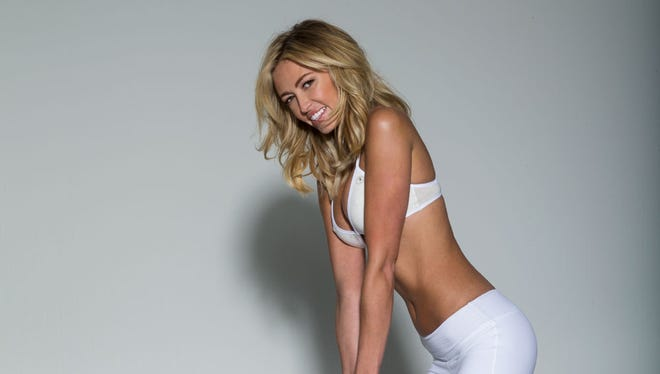 Paulina Gretzky on cover of Golf Digest