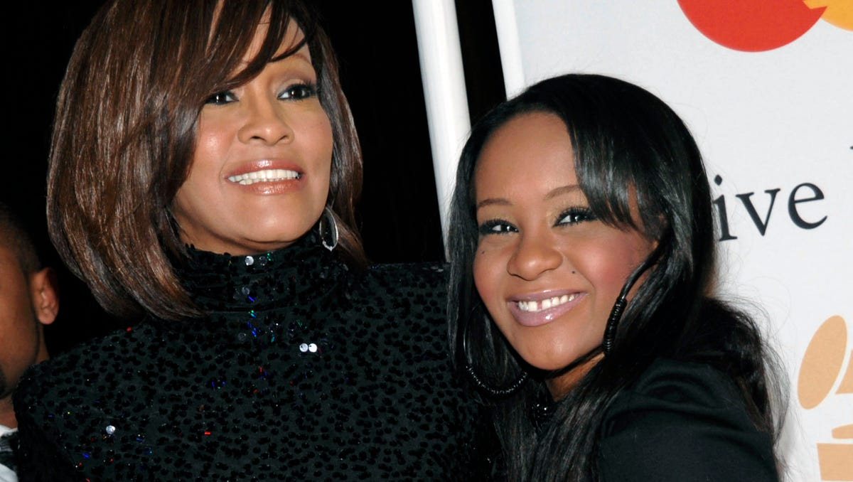 Andrea Lewis Nude bobbi kristina brown to be buried next to mother