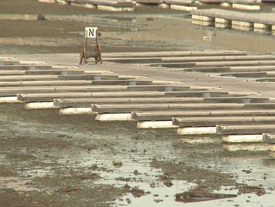 Dry marina at Folsom Lake