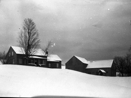 A view of the Harvey Farm taken around the time that the University of Vermont received the property from Gov. Mortimer Proctor.