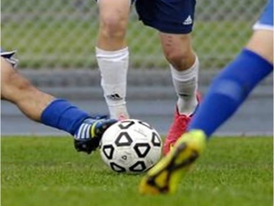 635780271343803024-soccer2