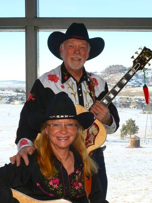 Bonnie Jo and Brad Exton will perform at 6 p.m. on Thursday, M<arch 9, at Luna Rossa Winery, 3710 W. Pine St. The concert is free.