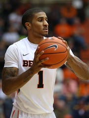 Oregon State guard Gary Payton II (1) looks to pass the ball against Western Oregon inside Gill Coliseum, Thursday, November 5, 2015, at Oregon State University in Corvallis.