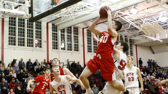 Ryan Holder (40) and Tappan Zee earned the No. 2 seed