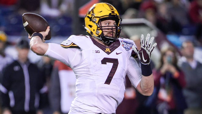 Minnesota quarterback Mitch Leidner passes during the second half of the Holiday Bowl NCAA college football game against Washington State on Dec. 27, 2016, in San Diego.