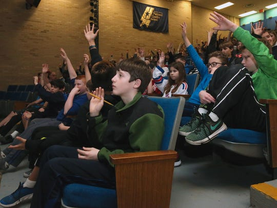 Peter Carr/The Journal News Pearl River Middle School sixth-graders listen to a presentation Tuesday about the construction of the new Tappan Zee Bridge. Pearl River Middle School sixth-graders listen to a presentation about the construction of the new Tappan Zee Bridge March 21, 2017.