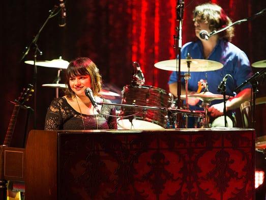Singer-songwriter Norah Jones performs for the crowd