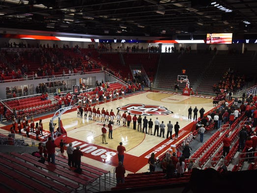 USD plays IUPUI on Jan. 7, 2017 in the Sanford Coyote