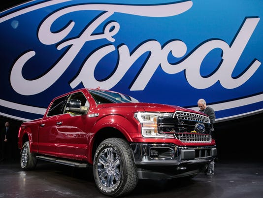 636568973945513774-ford-f-150-truck-14.jpg