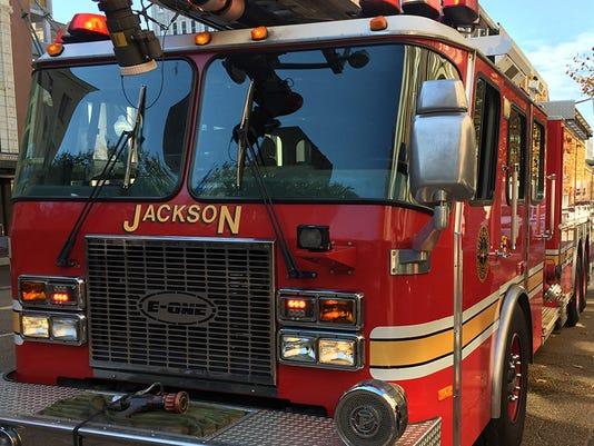 635657211958014051-jfd-fire-truck