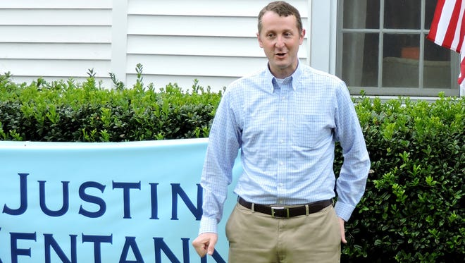 Justin Centanni officially announced his bid for the 6th District seat on the Lafayette Parish School Board Sunday at his home.