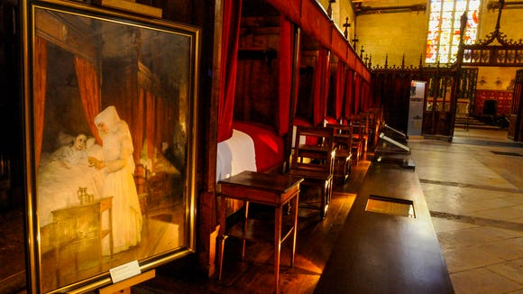 Until the 20th century, patients were cared for in Hospice de Beaune.