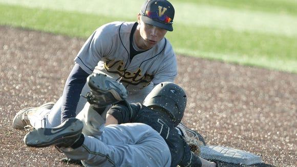 2014 Victor baseball Dale Wickham pickoff play vs. Rush-Henrietta