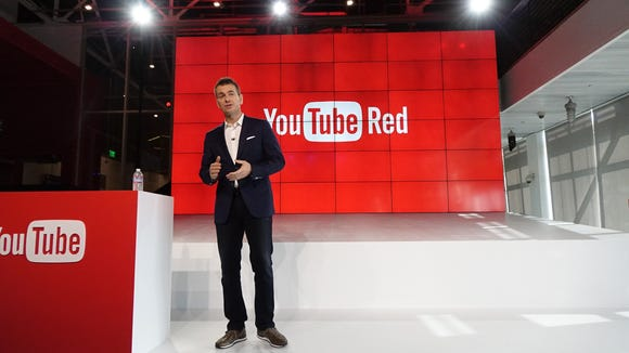 YouTube chief business officer Robert Kyncl announces