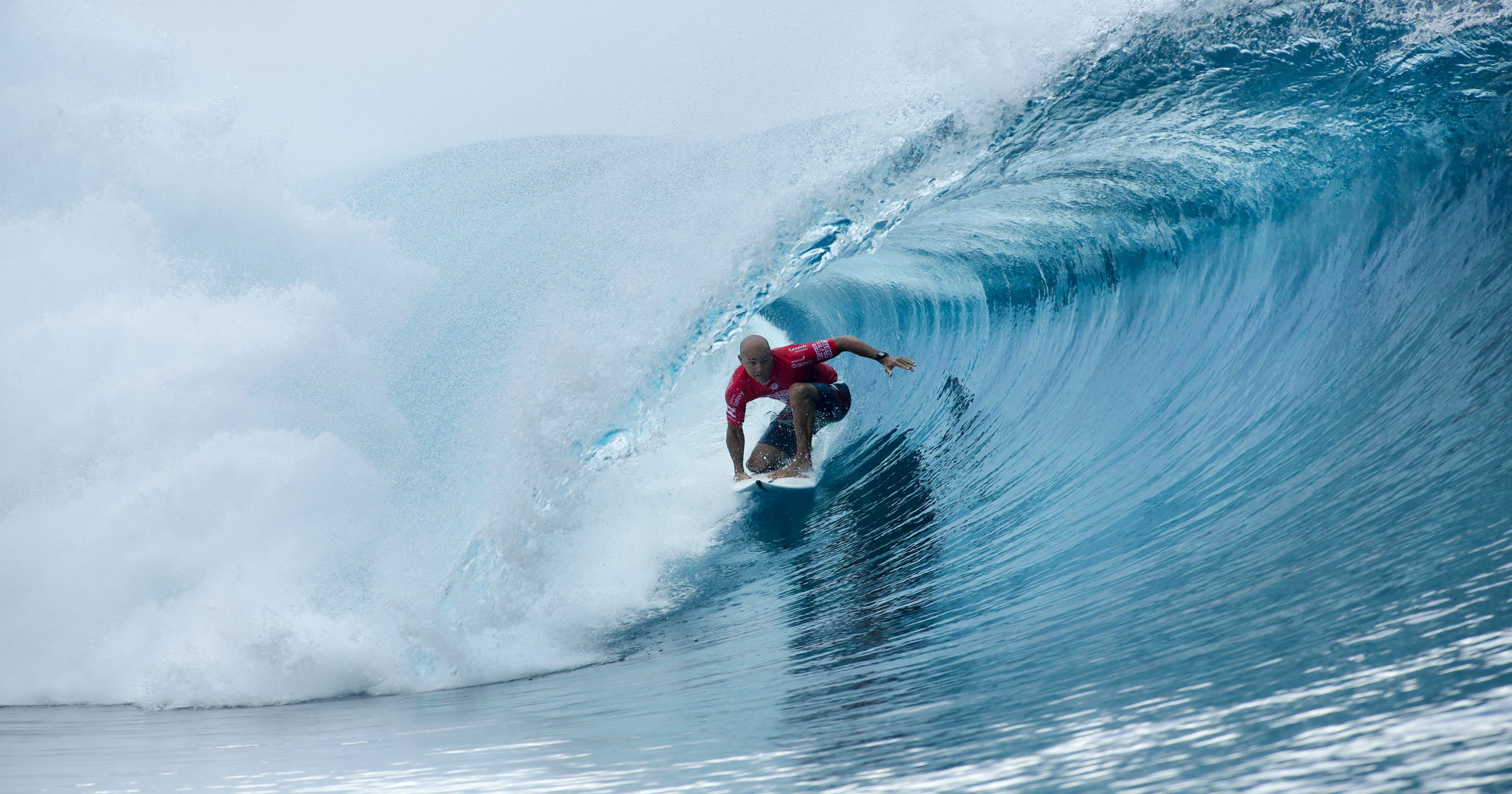 46651a7d80a4cc What a day for Slater  3 perfect 10s and Tahiti victory