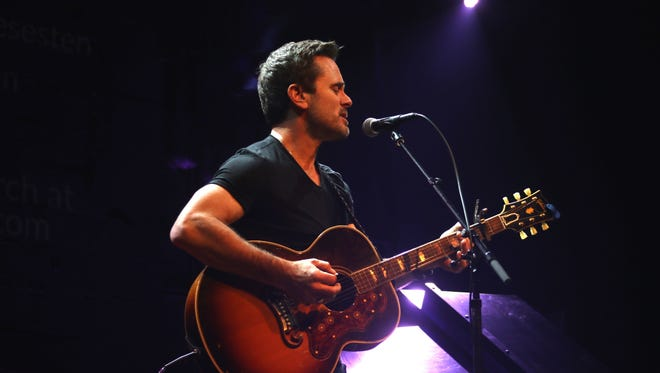 Charles Esten will perform at Nissan Stadium on the opening night of CMA Fest.