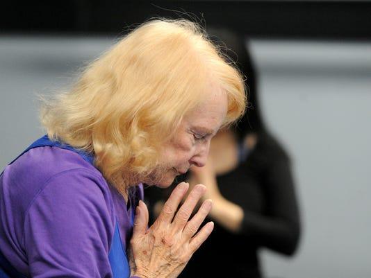 88-year-old-yoga-instructor-7.jpg