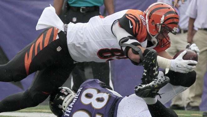 Tyler Eifert stretches over the goal line but the play was called incomplete in the second quarter of the Bengals' 28-24 victory on Sunday.