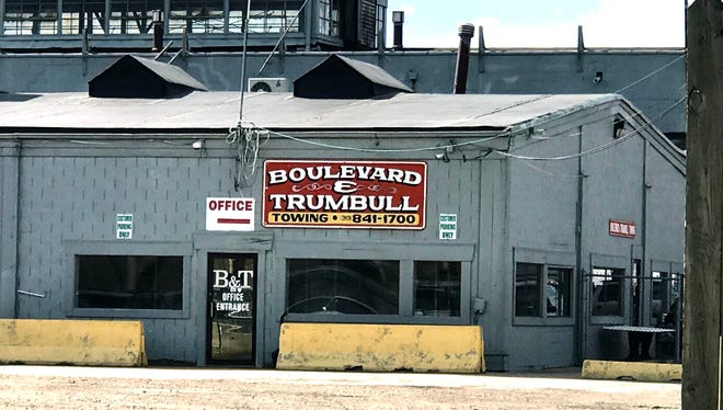 Boulevard and Trumbull towing in Detroit on Wednesday, May 31, 2017.