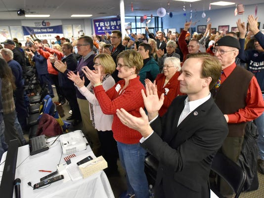012017-dy-GOP-inaugural-watchparty0272