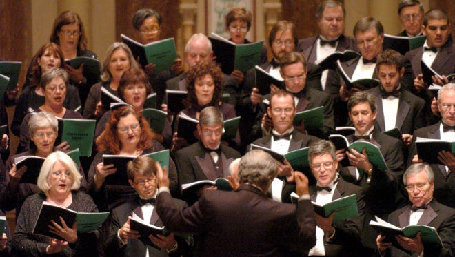 Chorale Acadienne presents its Christmas by Candlelight concerts Nov. 30 and Dec. 2.