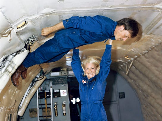 NAS-Sig-Bliss-0529-Astronaut-03.JPG