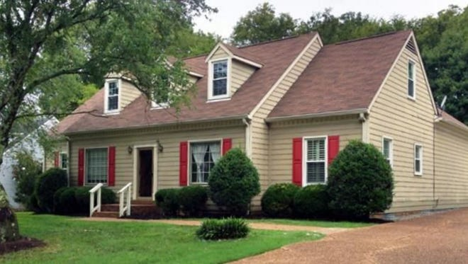 This Franklin home, at 134 Cottonwood Drive, was built in 1982 and has 2,697 square feet.
