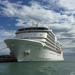 New luxury cruise: New York to Archangel, Russia and back