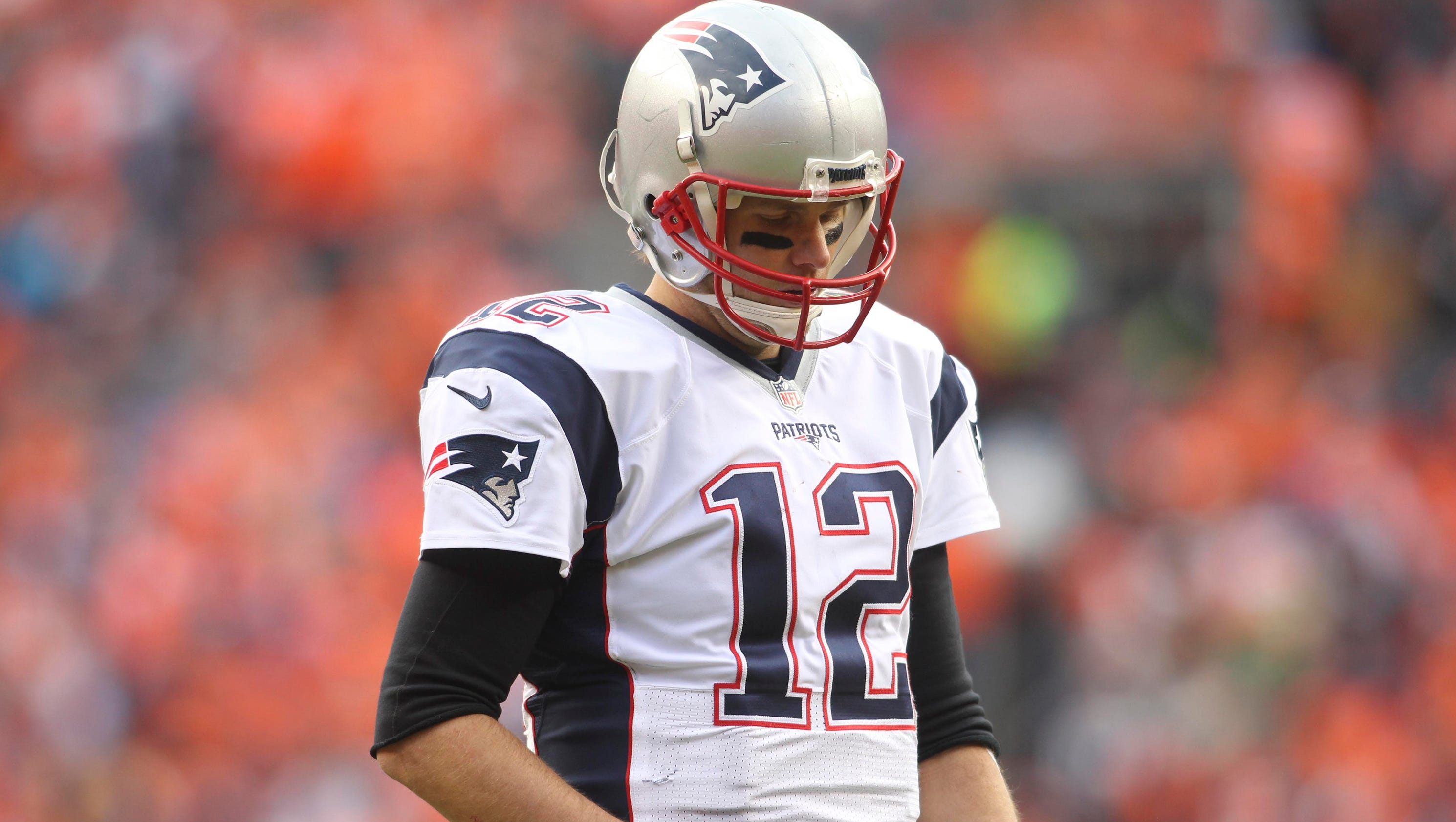 Tom Brady, Patriots left with no answer for Broncos relentless rush