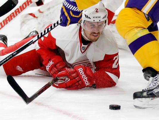 635768695574110177-AP-Red-Wings-Kings-Hockey-LA